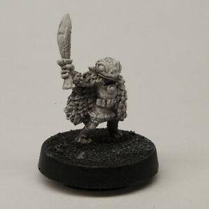 for 28mm Scale Table Top War Stonehaven Female Grippli Druid Miniature Figure