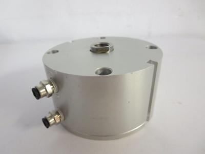 3//4 Bore Diameter x 3//4 Stroke 3//4 Bore Diameter x 3//4 Stroke FAB   G-7-X-E Fabco-Air G-7-X-E Original Pancake Cylinder Maximum Pressure of 250 PSI Switch Ready with Magnet Double Acting