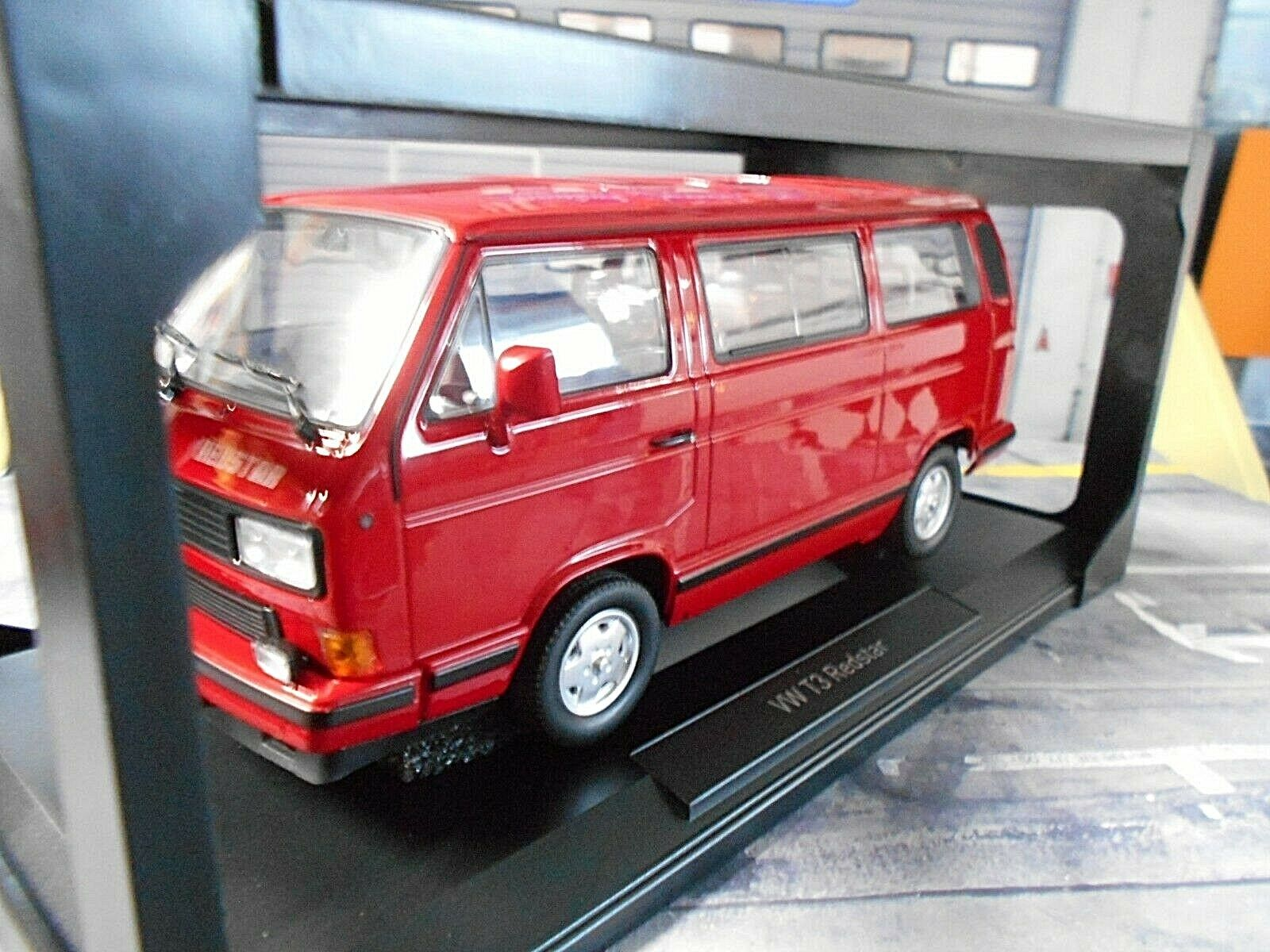 VW Volkswagen Bus t3 Multivan Red Star Red Red 1993 NOREV NEW NEW 1 18