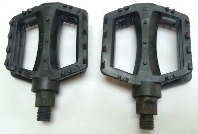 """RED 9//16/"""" Durable Nylon Plastic Pedals 3/""""x3/"""" Kids Bmx Pedal for 3 piece crankset"""