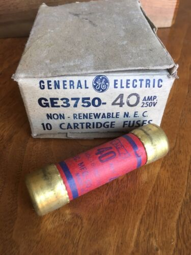 GENERAL ELECTRIC New Old Stock One-Time Fuse 250 Volts 40 Amp BOX OF 10 GE3750
