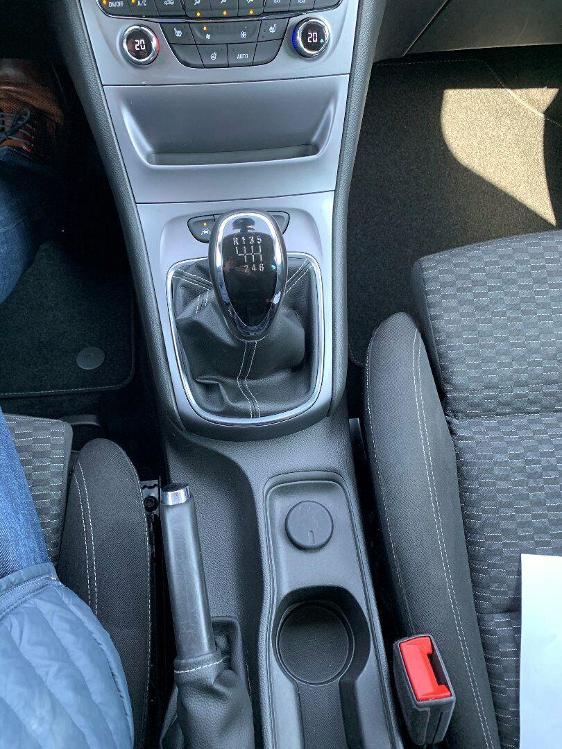 Opel Astra 1,6 CDTi 110 Enjoy Sports Tourer