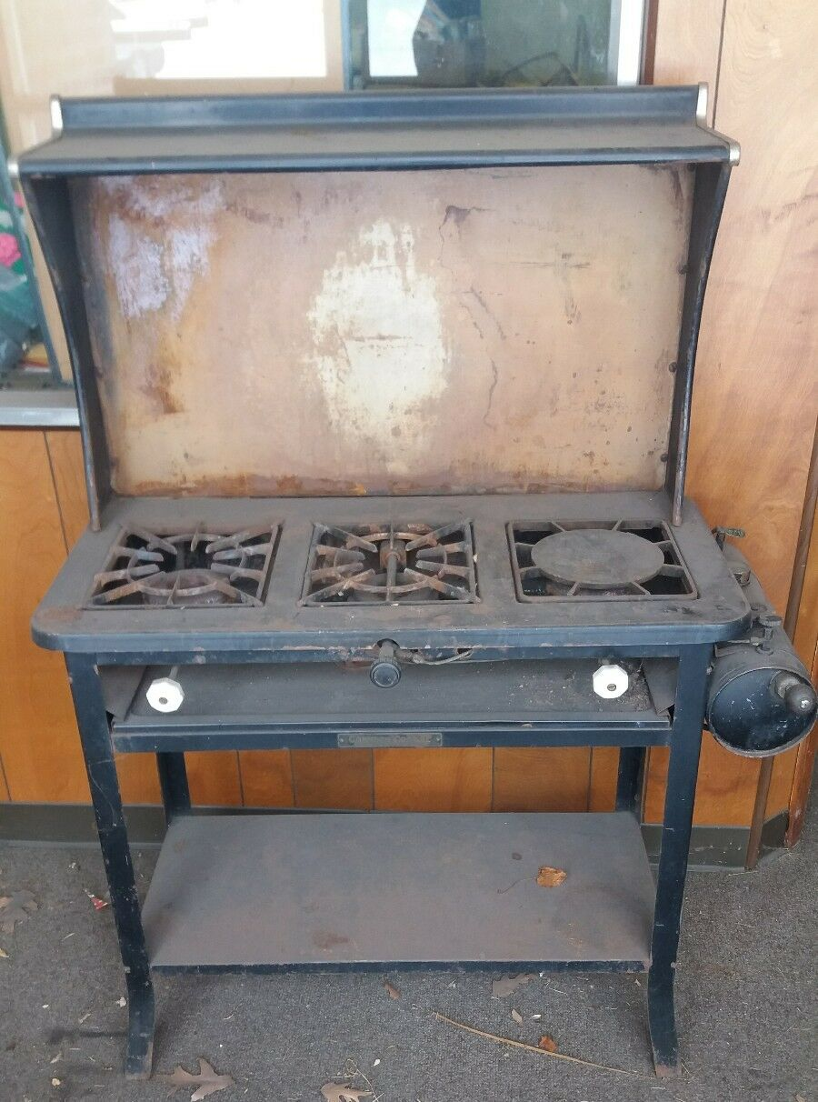 Antique  Coleman cooker 100 years old Model rare find