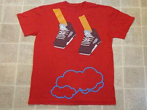NIKE Jumping Above Clouds T SHIRT Mens XL Feet Shoes High