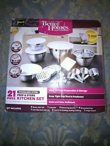 BETTER HOMES AND GARDENS 21 PIECE PREP AND STORE KITCHEN SET