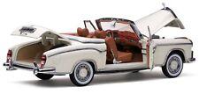 1958 Mercedes-Benz 220SE White 1:18 SunStar 3555