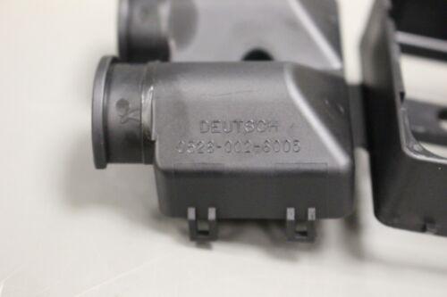 P//N 0528-0002-6005 Electrical Plug Connector Body NEW! NSN 5935-01-595-4970