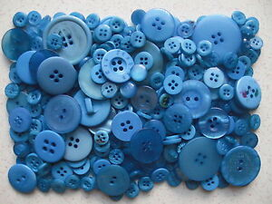 Blue-buttons-mixed-sizes-100-grams