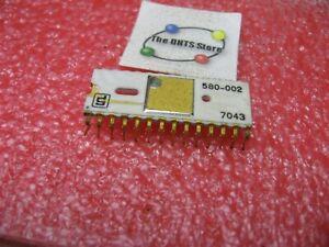 580-002-Signetics-Logic-IC-White-Ceramic-Gold-Vintage-Used-Pull-Qty-1