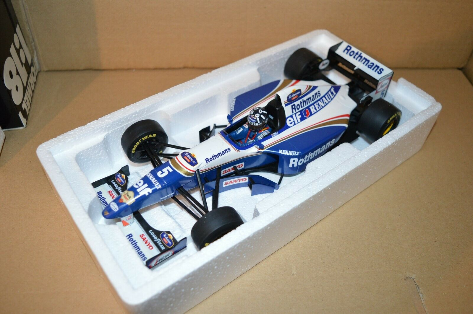 1995 DAMON HILL WILLIAMS FW17 redHMANS 1 18 F1