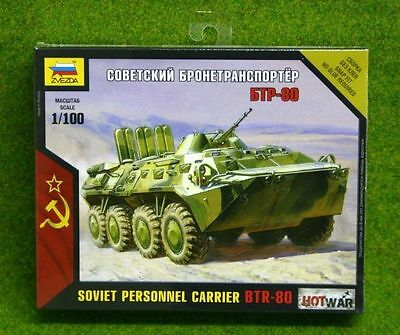 Zvezda BTR-80 SOVIET PERSONNEL CARRIER Hot War 1/100 scale 7401