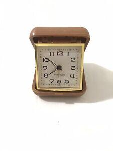 Westclox-Folding-Vintage-Wind-Up-Travel-Alarm-Clock-w-Analog-Display-amp-Tan-Case