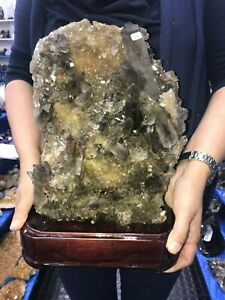 Great-Smoky-Crystal-Cluster-Quartz-10-8-Kg-23-Lbs