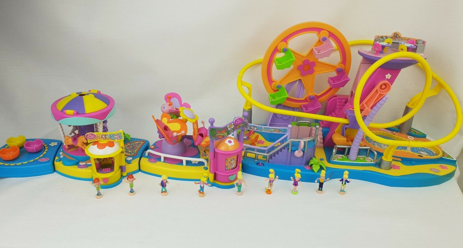 Vintage polly pocket Amusement park Carousel Butterfly ride Figures 2000 .....