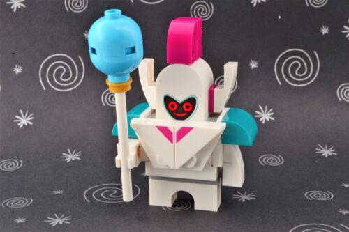 Lego Mini Figure The Lego Movie 2 Royal Guard from Set 70838