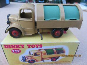 Dinky-No-252-Bedford-rechazar-vagon-y-caja