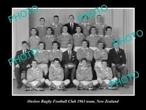 OLD-POSTCARD-SIZE-PHOTO-OF-THE-ONSLOW-RUGBY-UNION-TEAM-1963-NEW-ZEALAND