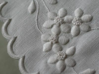 Vtg Antique Gorgeous Padded Satin Stitch White Embroidered Round Doily