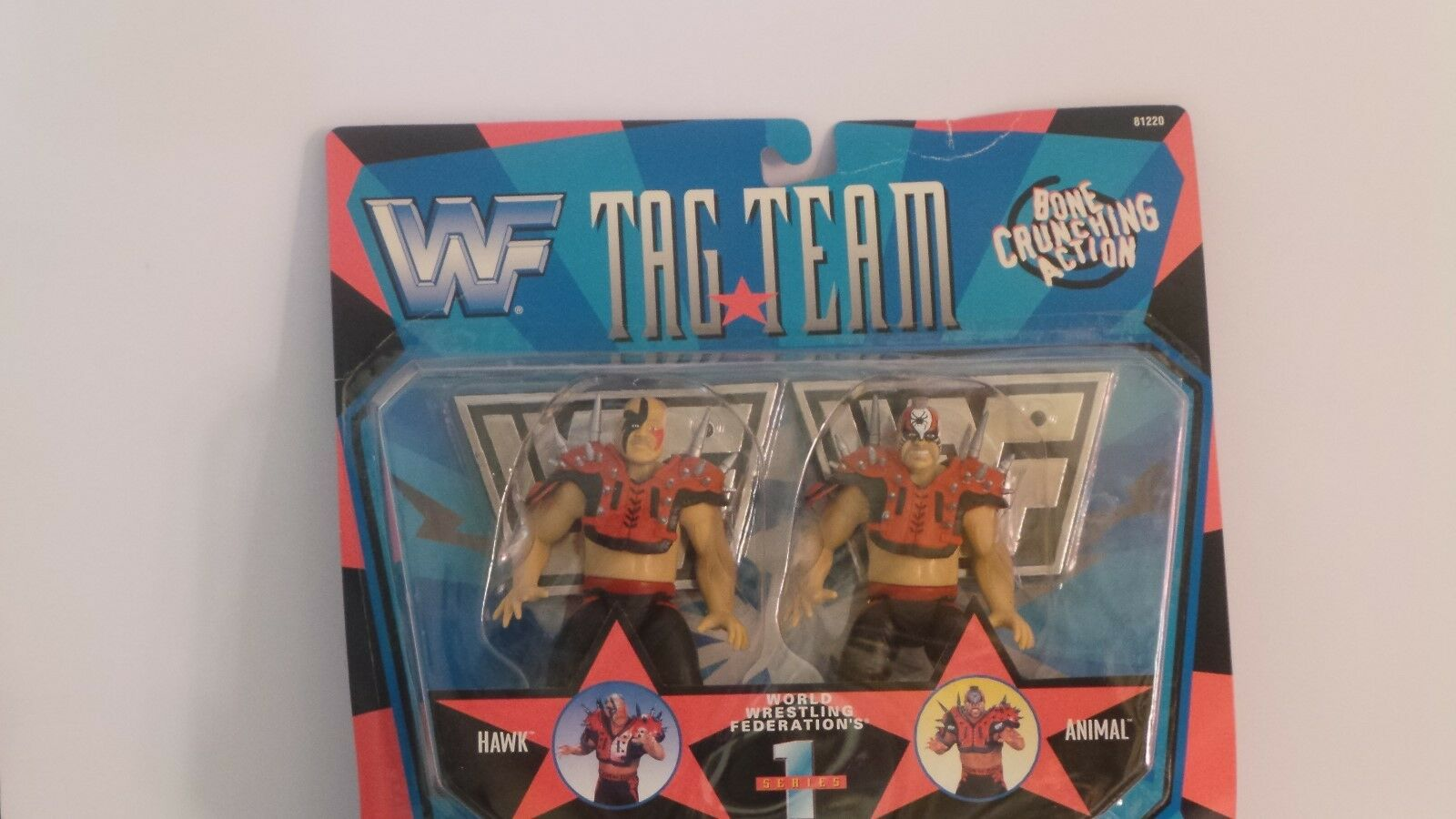 WWF TAG TEAM HAWK ANIMAL ACTION FIGURE(004)