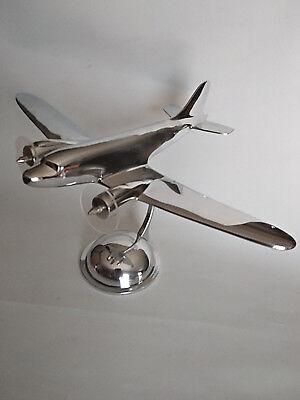 Avion Concorde en aluminium sur socle 1969-2003 Sud Aviation longueur 46cm