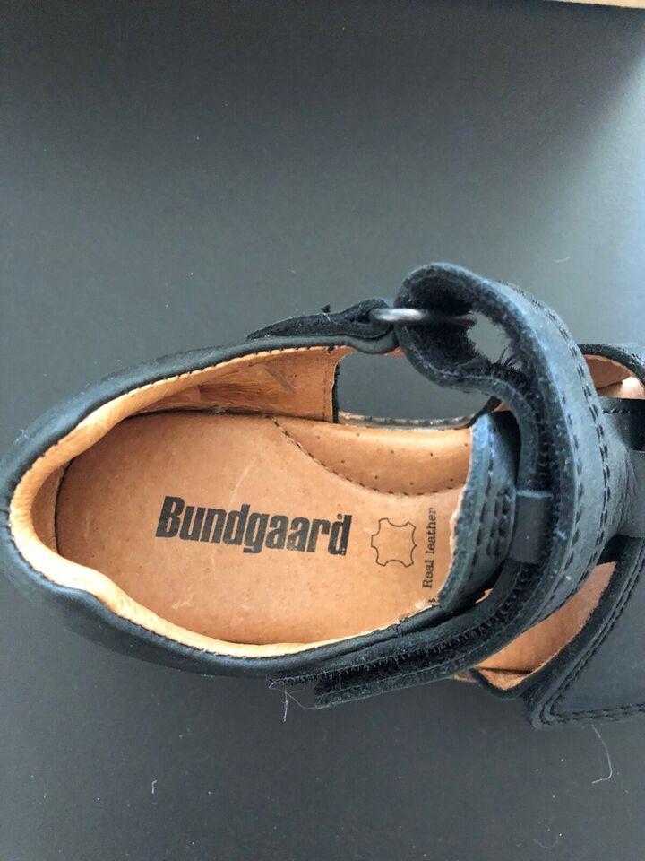 Sandaler, str. 29, Bundgaard