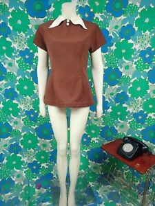 V45-Ladies-Vintage-1970-039-s-Brown-Top-With-Pointed-Collar-Side-Split-Size-10