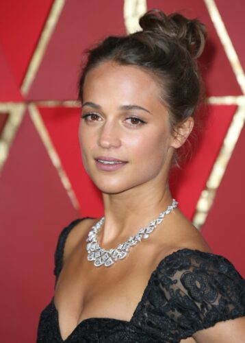 A Alicia Vikander Without Makeup Mouth Open 8x10 Picture Celebrity Print