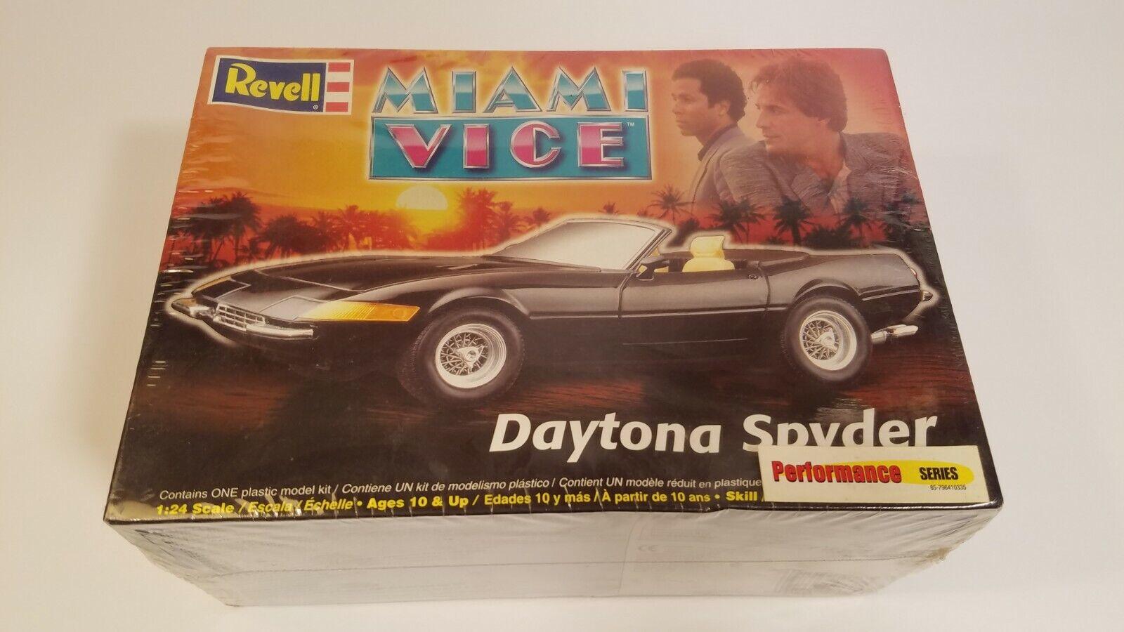 Vintage Revell 1 24 Daytona Spider Ferrari Miami Vice Model Car Kit 2868 For Sale Online Ebay