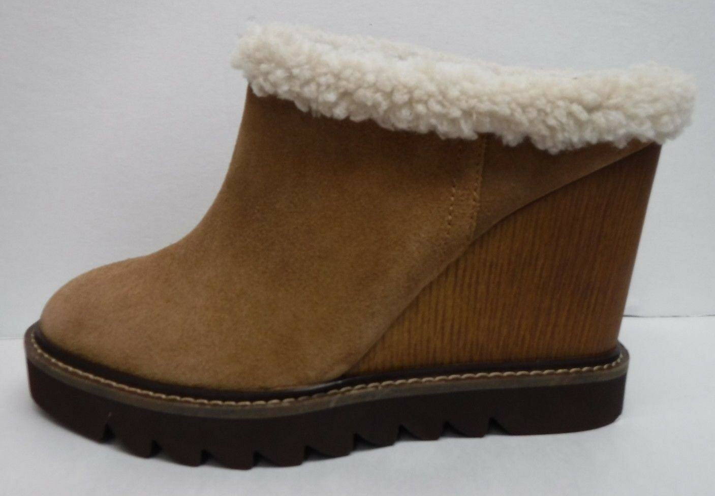 BCBG BCBGeneration Größe 9 New Leder Ankle Wedge Stiefel New 9 Damenschuhe Schuhes 0d4042