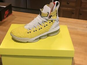 purchase cheap 1f963 08a10 Details about Lebron 16 X HFR HARLEM STAGE Men's Size 10 Women's 11.5 Nike