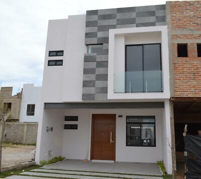 Casa con Roof Garden En Coto Vitana en Altavista Residencial en Zapopan