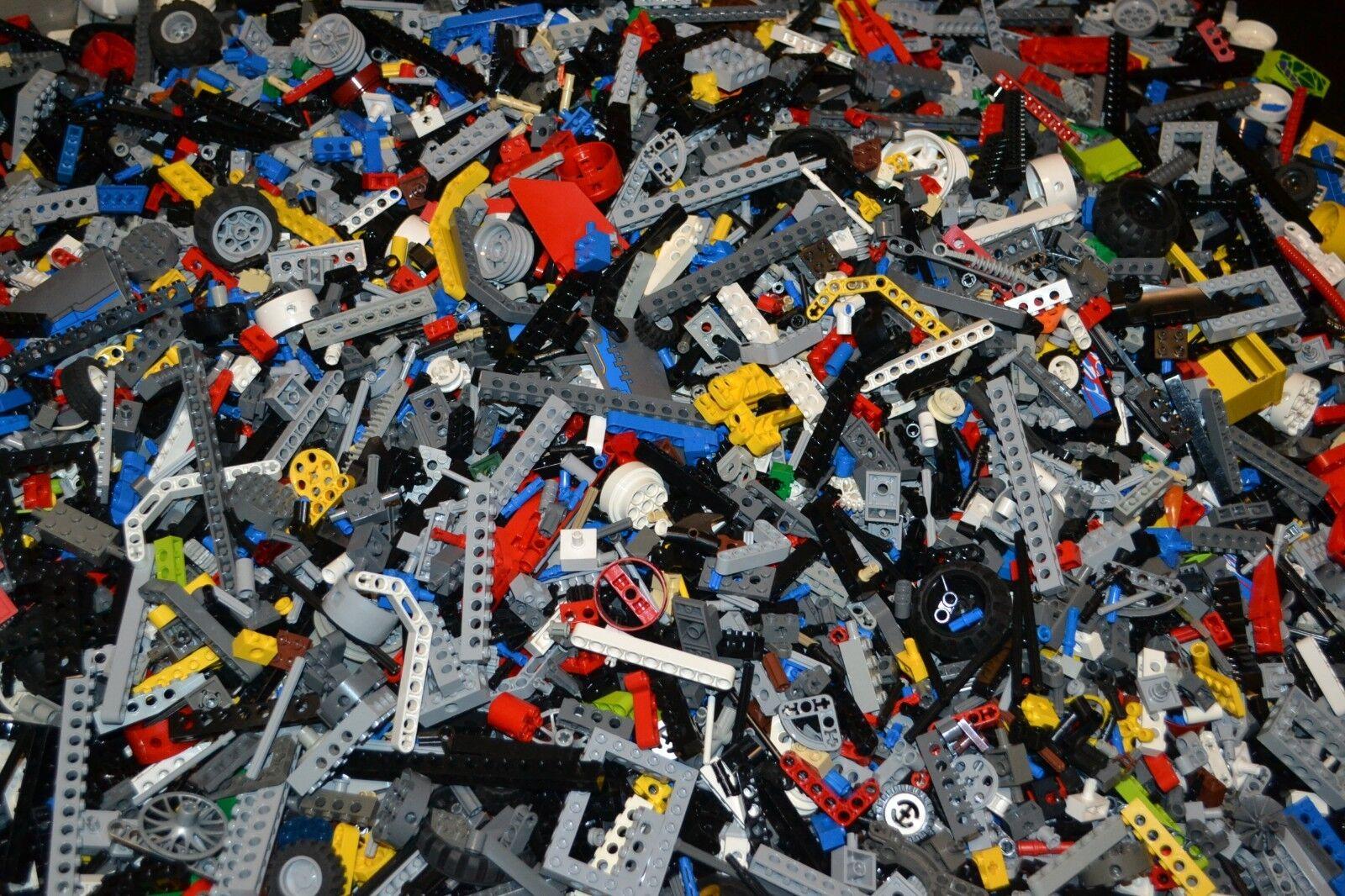 Lego TECHNIC Bulk Lot 1000 Random Pieces, Lift Arms, Gears & More - A2