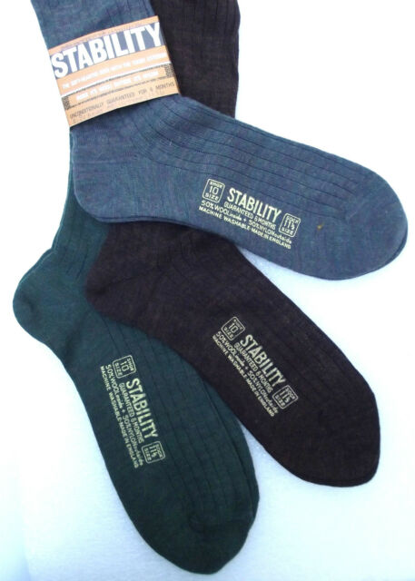 STABILITY Mens long socks UNUSED vintage 1970s UK shoe size 10 Wool nylon