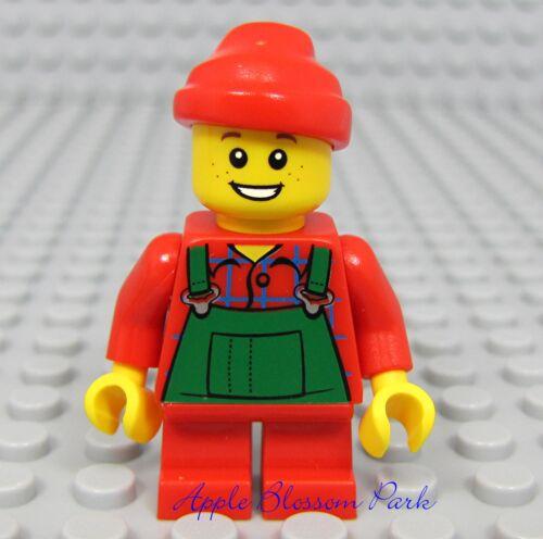 Holiday Santa Helper Minifig w//Red Short Legs NEW Lego CHRISTMAS BOY ELF