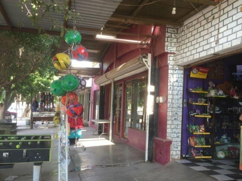 Se VENDE Edificio Comercial en Pueblo Yaqui.