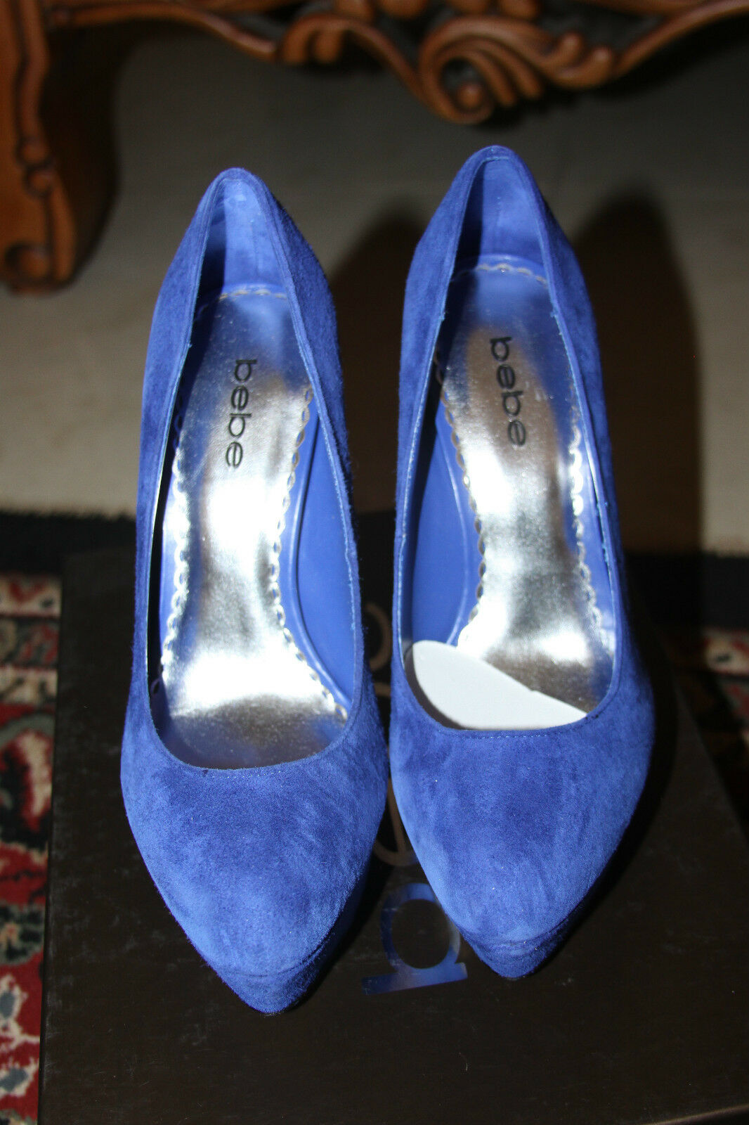 Bebe LAUREN SWU PUMPS SIZE 9
