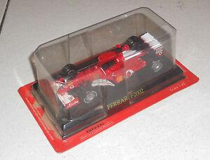 Auto-FERRARI-F2002-Official-Licensed-product-NUOVA-1-43-Box-Formula-1-Fabbri
