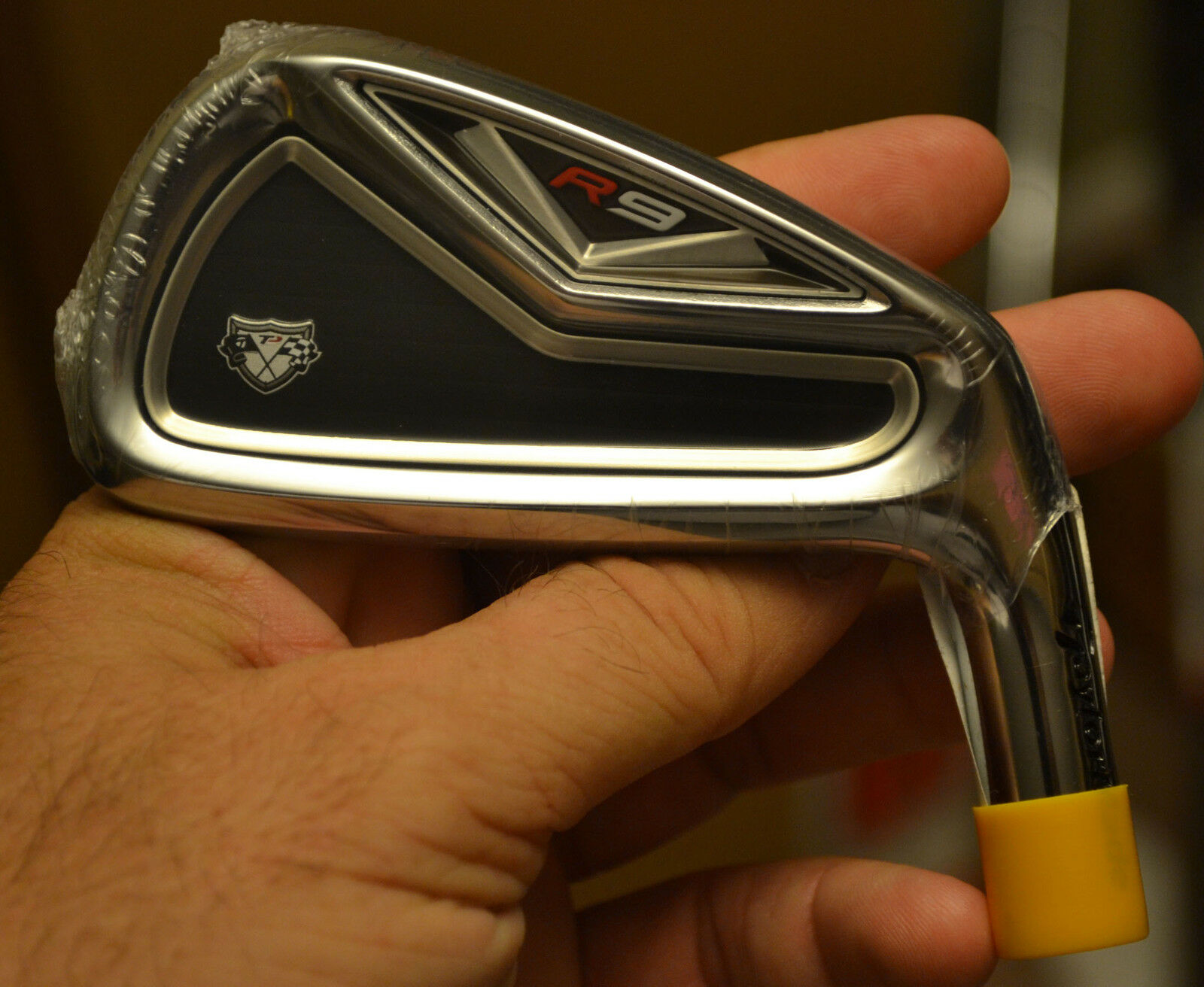 New TaylorMade R9 Tp 2 Hierro Tour Issue cabeza sólo