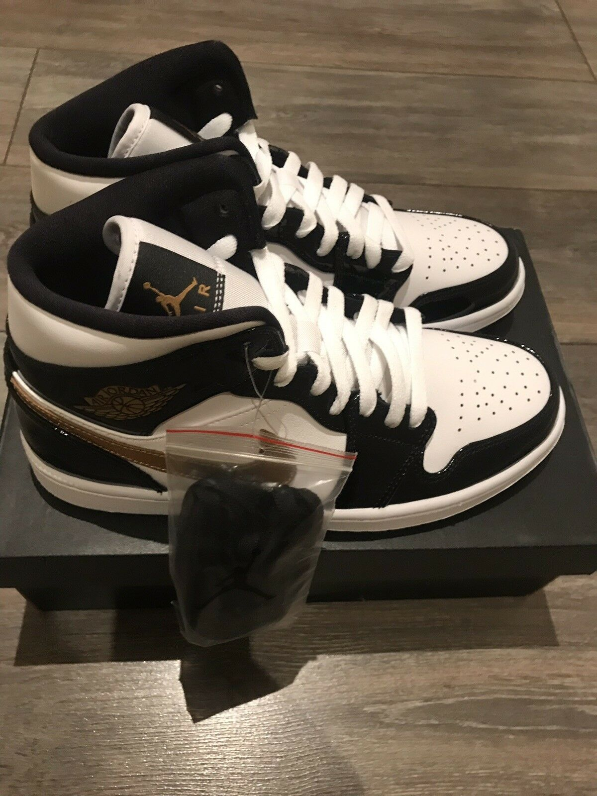 Brand New Jordan 1 Mid Black White gold Patent   UK 9.5