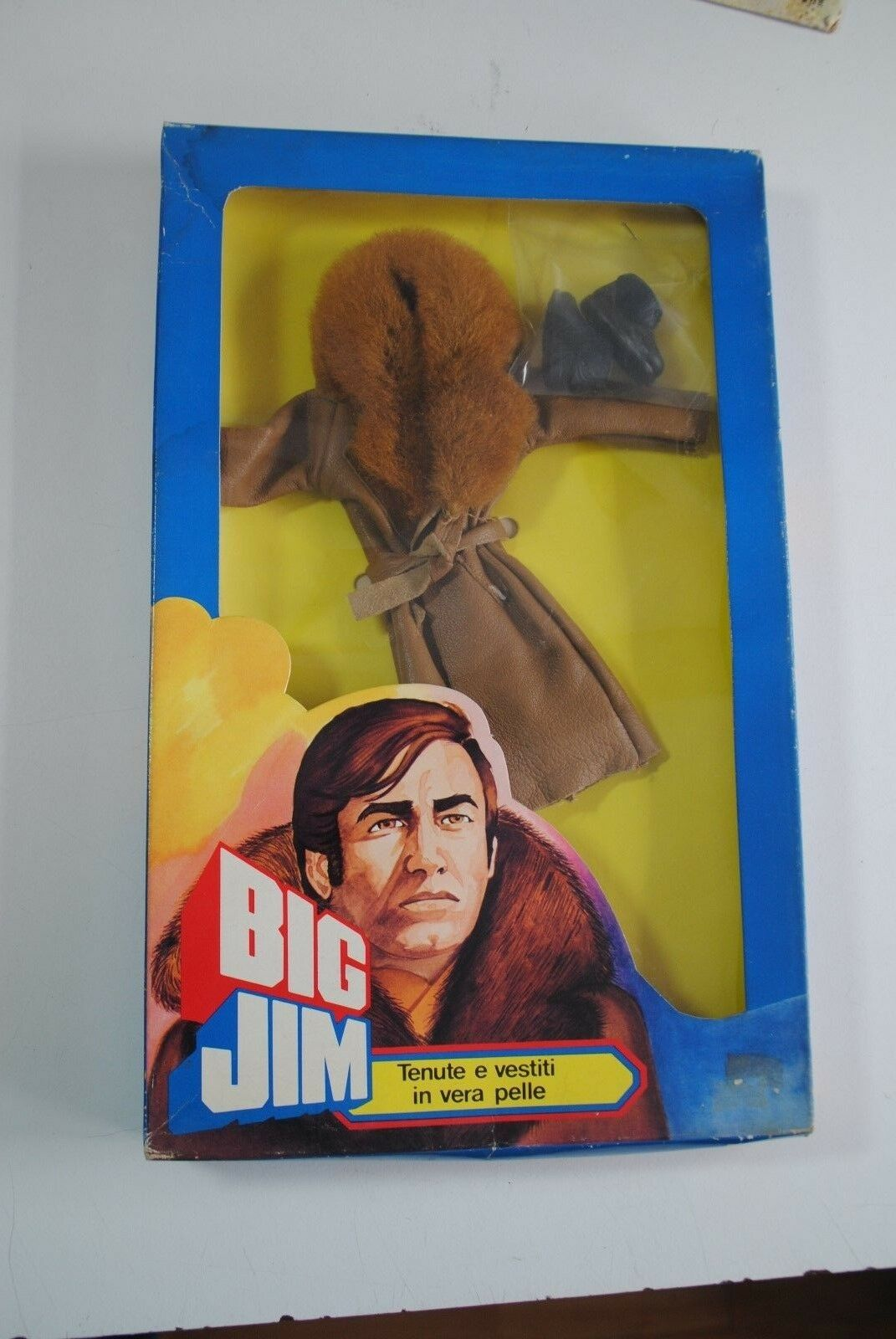 BIG JIM ADVENTURE  SETS     RARE ITALIAN CLOTHING  SET    3