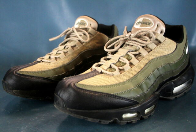 detailed look 9d514 02d7d NIKE AIR MAX 95 ESSENTIAL  Cargo Khaki  (749766-024) Cross Trainer