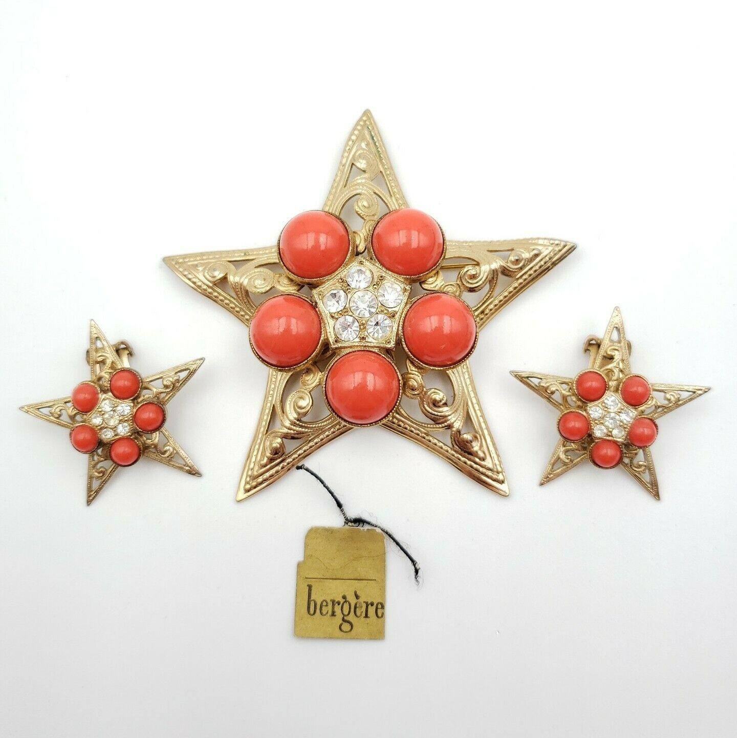 Vintage Japan Bergere Expansion Bracelet Orange Coral Plastic Gold Tone