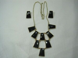 Matching-Gold-Tone-Tiered-Black-Gemstone-Necklace-and-Earrings-Jewelry-JA1-0728