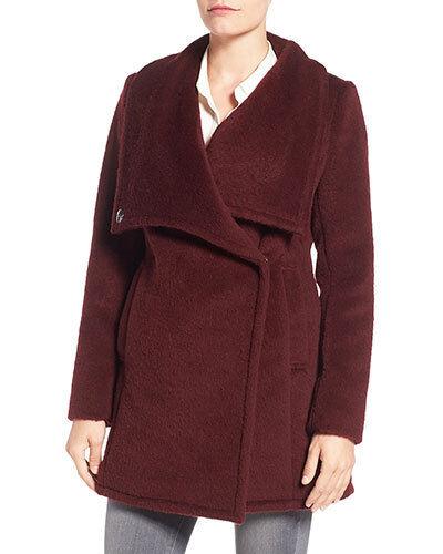 NWT Belle Badgley Mishka Anna Cozy Wool Coat 62887 Burgundy Storlek M L