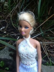 Hand-Knitted-Barbie-Sindy-Doll-Clothes-Pretty-Cream-Multi-Lace-Halter-Neck-Top
