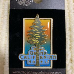 Disney-Pin-Grand-Californian-Hotel-Pin-batch-2005-Collection-Disneyland-DLR
