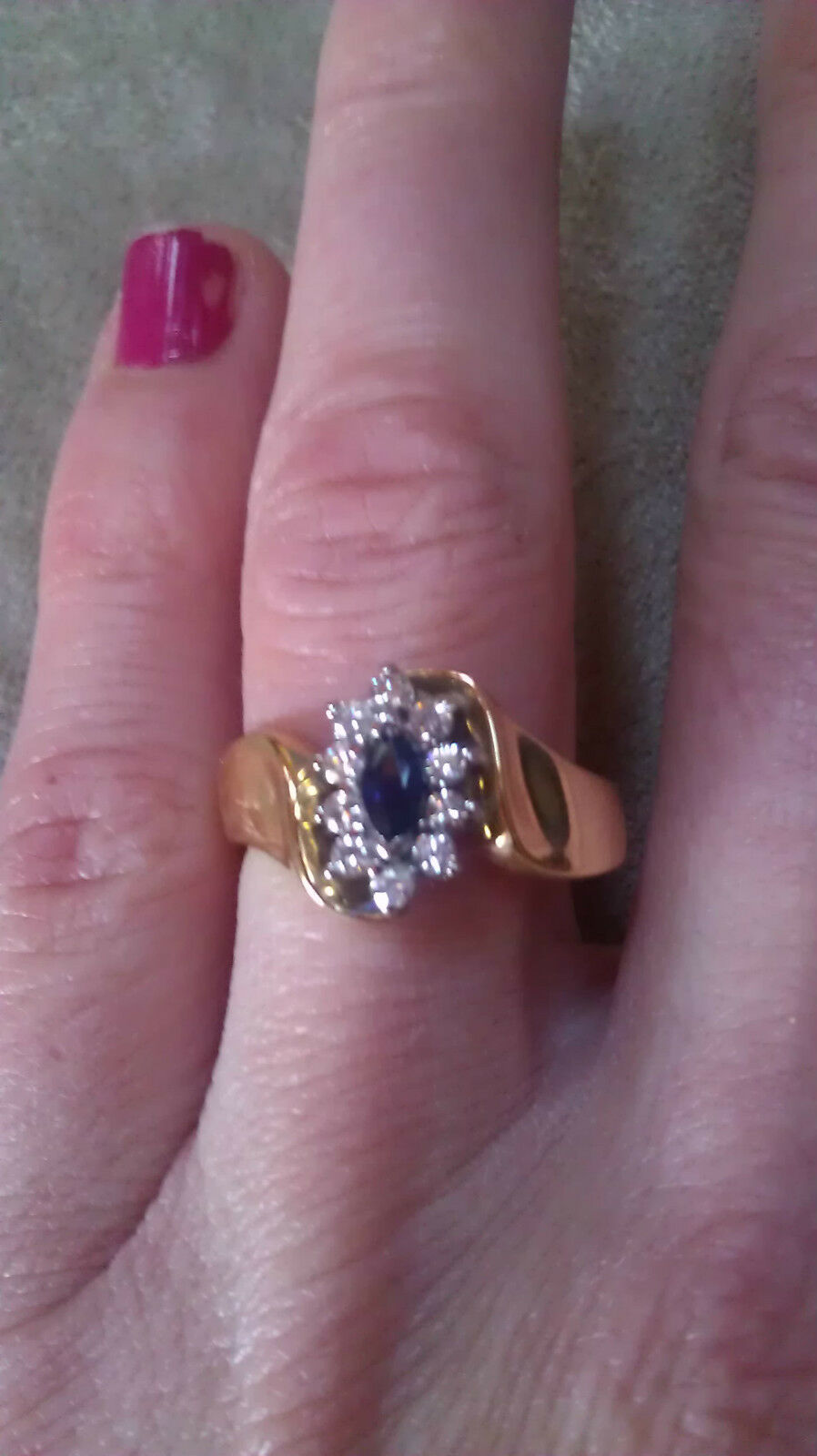 14K FINE YELLOW gold SAPPHIRE & DIAMOND  RING  WOW THIS RING IS STUNNING