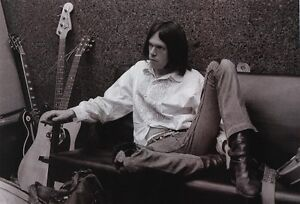neil young after the gold rush martin acoustic guitar d 28 photo poster reprint ebay. Black Bedroom Furniture Sets. Home Design Ideas