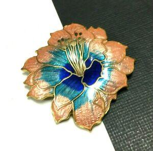 Vintage-Blue-amp-Peach-Chinese-Cloisonne-Enamel-Hibiscus-FLOWER-Brooch-Gold-oo128g