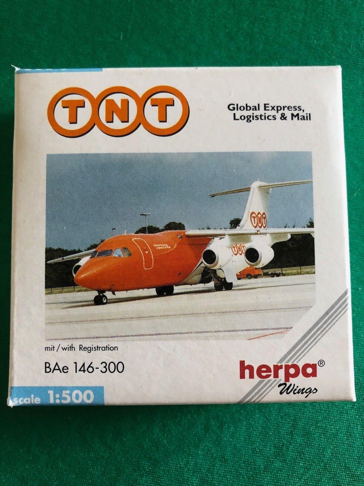 BAe 146-300 TNT Global Express. Herpa Wings 1:500 - Art.-Nr. 509633